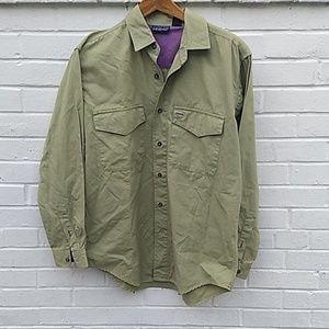 Patagonia Green Long Sleeve shirt size small